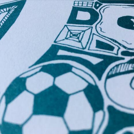 Typo-Illustration-Poster_O-Trajan_Riso-Print_by-Typo-Graphic-Design_Close-Up
