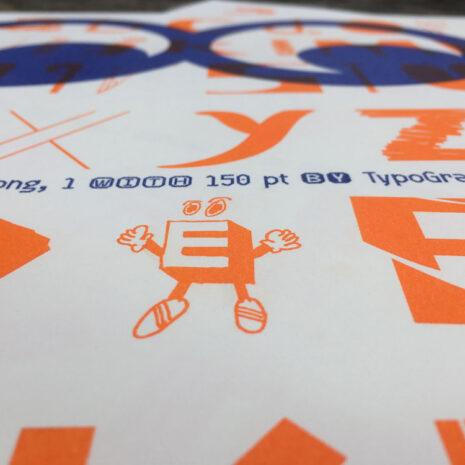 Type-Specimen_Typo-Poster_Typo-Ping-Pong_1_Eyes_Riso-Print_2350