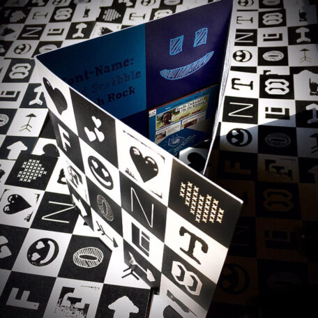 Typo-Graphic-Design_Type-Specimen-2020__6-Sheets-Flyer_98x98mm