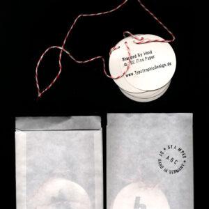 Typo-Girlanden-Garlands-Hand-Stamped-DIY-Hello-Wood-Letter-Old-Vintage-Retro-Rough-Black-Red-Round-Heart-Love-by-Typo-Graphic-Design-Viergutz_Bag